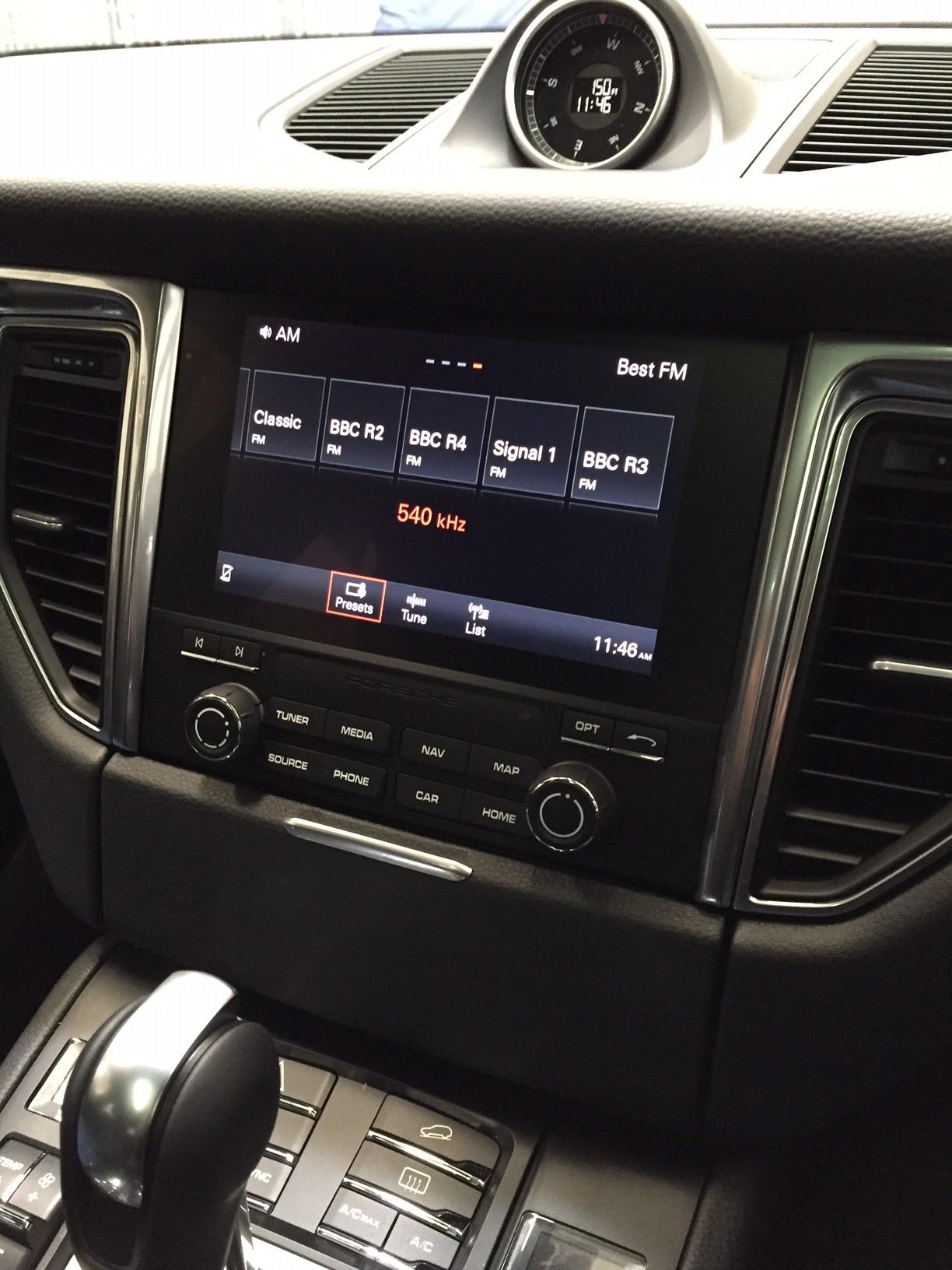 Porsche | Vehicle Integration Products | Nav TV | Reverse Camera